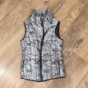 4-U PERFORMANCE: Vest worn once!